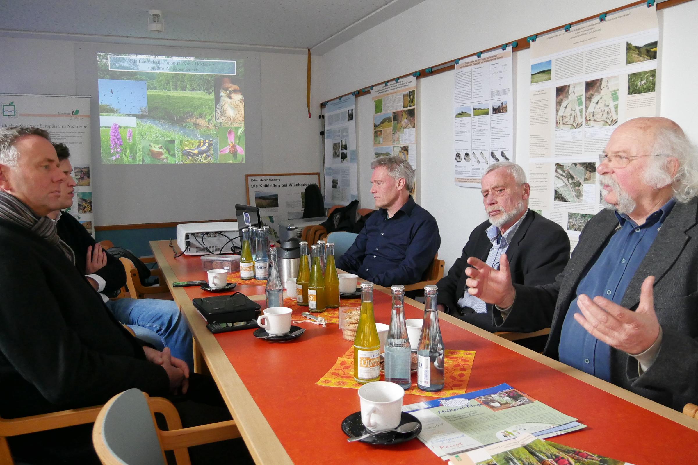 landschaftsstation-diskussion