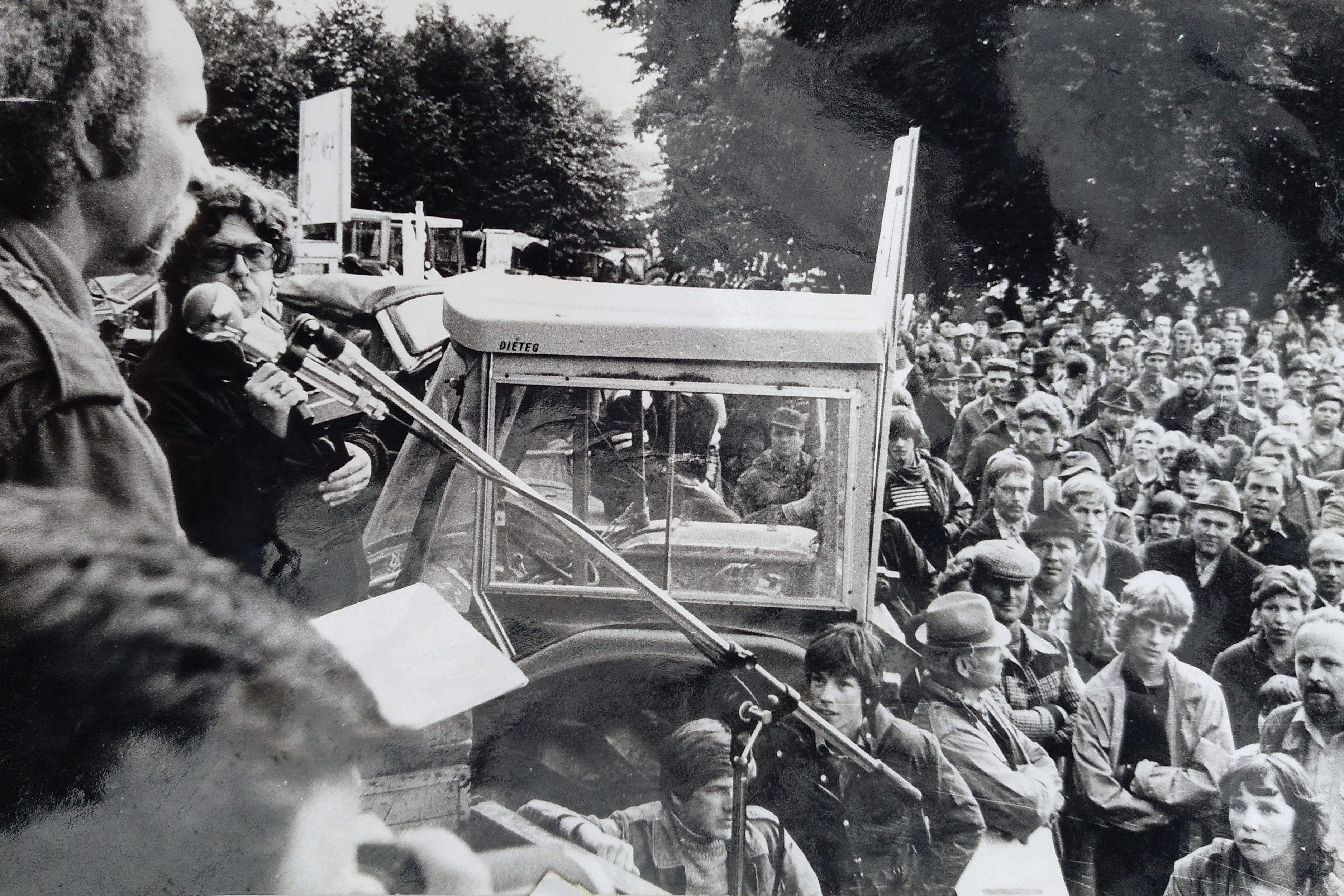 Demonstration 1981 im nordhessischen Wethen gegen eine atomare Wiederaufbereitungsanlage (WAA).